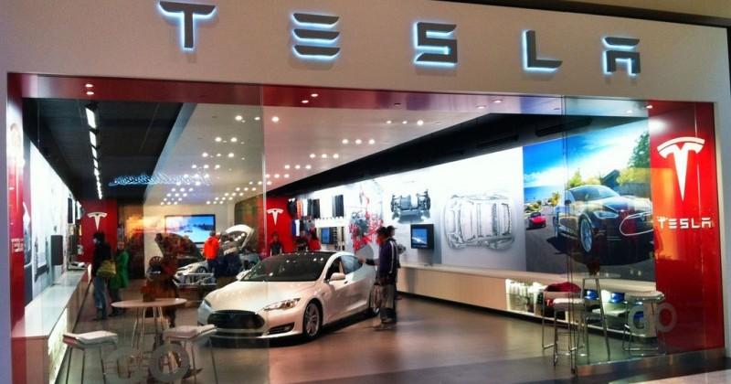 Automotive dealers associations file suit against Tesla