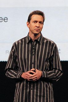 Apple reportedly boots Scott Forstall for refusing to sign apology