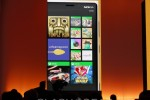 Windows Phone 8 gets Live Apps for lock screen