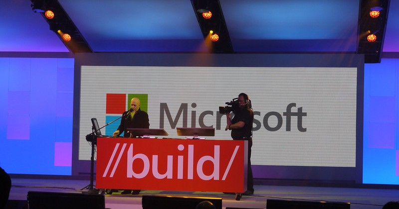 Live at Microsoft Build 2012 for the dawn of Windows Phone 8!