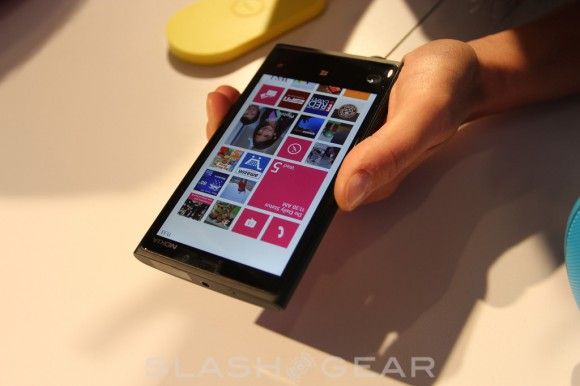 Nokia Lumia 920 exclusive and Lumia 820 coming to AT&T