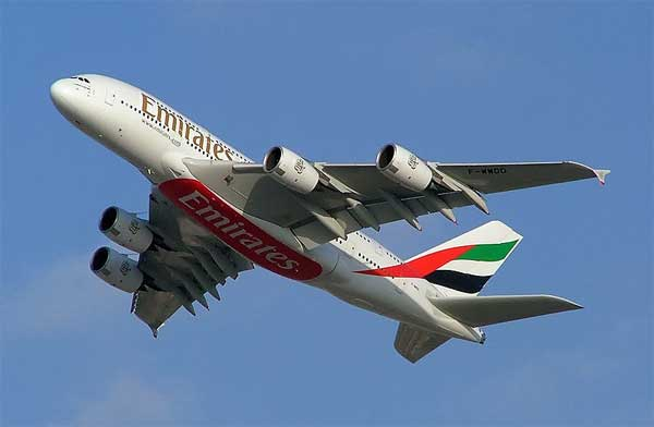 Emirates airlines allows passengers to use mobile phones in-flight