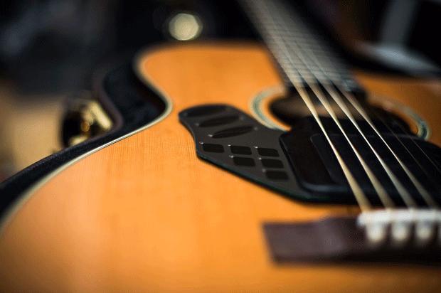 Moog unveils LEV-96 sensoriactuator concept for acoustic guitars
