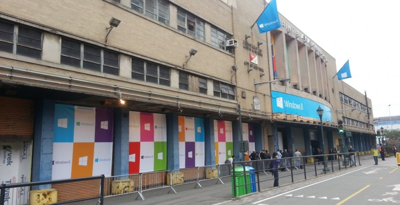 Microsoft creates massive Windows 8 showroom in center of Times Square