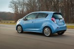 2014-Chevrolet-SparkEV-021-medium