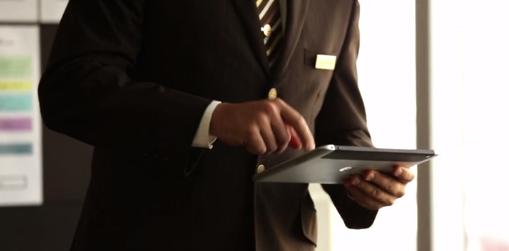 Emirates adopts HP ElitePad 900 Windows 8 tablets for flight crew