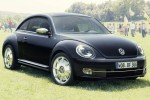Volkswagen recalls some new Beetles over airbag concerns