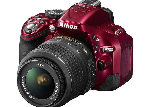Nikon releases 24-megapixel D5200 DSLR camera with 39-point auto focus
