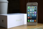 "NTSB dumps ""failing"" BlackBerry for iPhone 5"