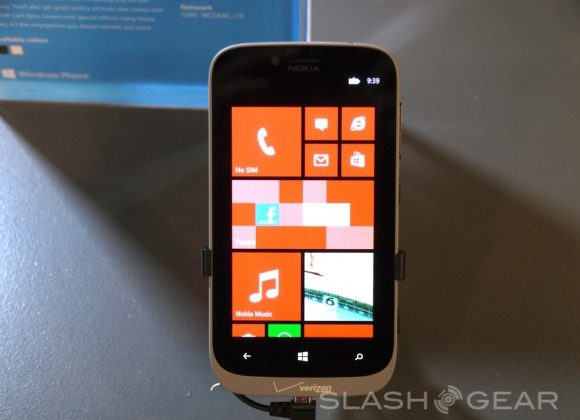 Verizon to release Lumia 822 and HTC 8X in time for Black Friday