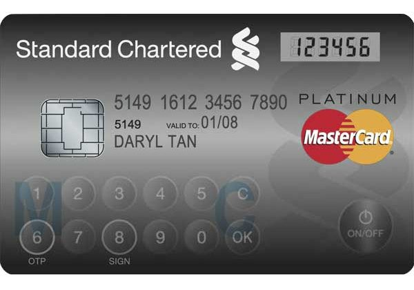 MasterCard shows off high-tech credit card with keyboard and display