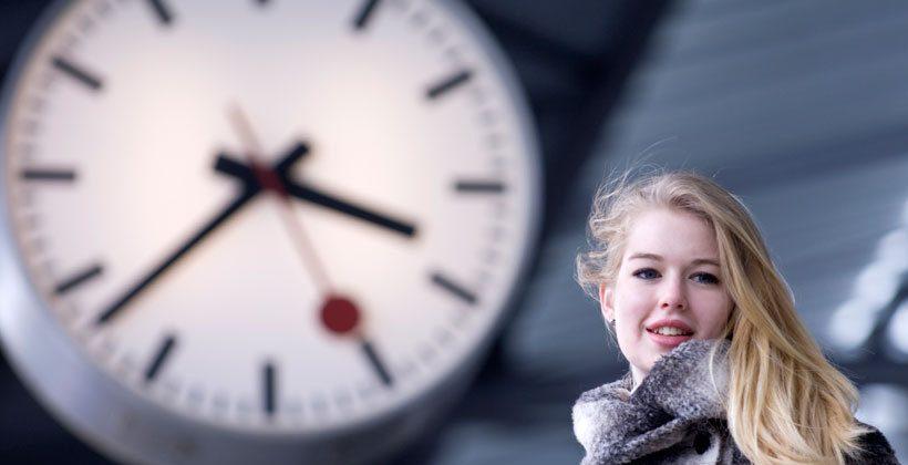 Apple cash sum to Swiss rail $21 million for lovely clock