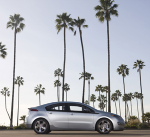 GM partners with ABB to create backup power storage units with old Volt batteries