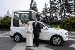 New Popemobile keeps Pontiff on show