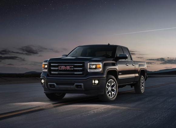 2014-GMC-Sierra-front-threequarter-location-014-medium