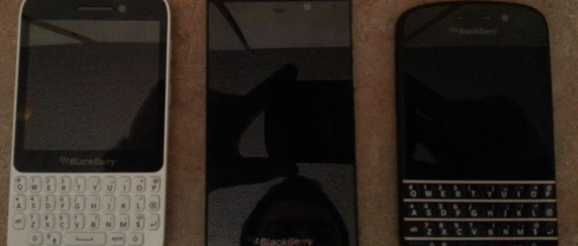 BlackBerry X10 QWERTY touch smartphone leaked in single white-case photo