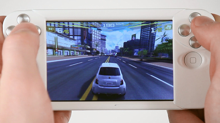 WynCASE gamepad for iPhone hits Kickstarter, priced at just $30