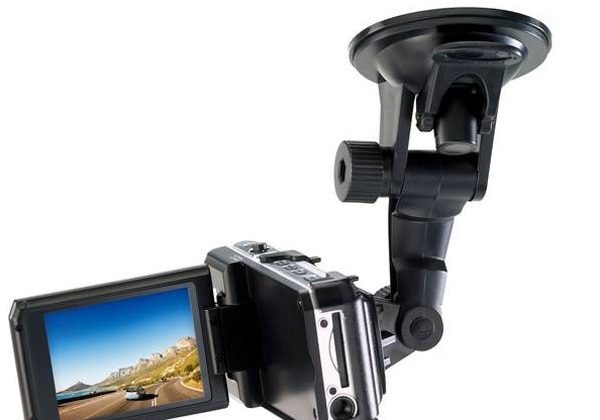 Genius unveils new vehicle recording dash camera