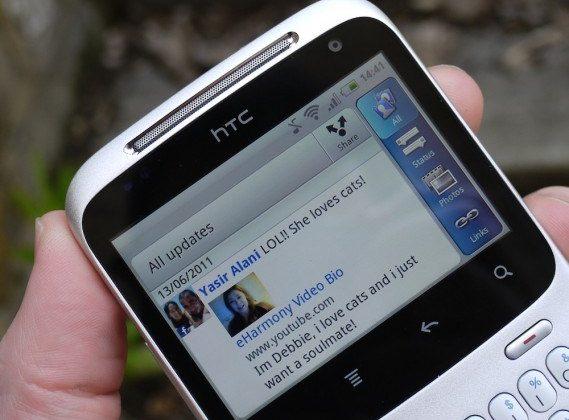 Facebook crushes social network top 10 in 2012 Nielsen report