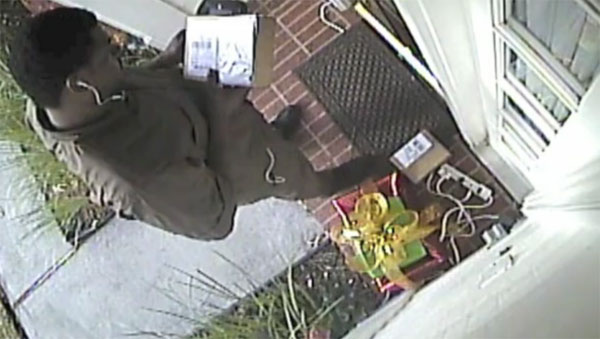 UPS iPad theft caught on camera- Brown is the new green down in Whoville