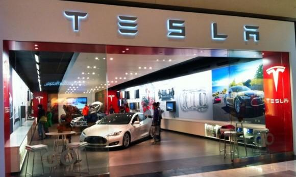 Tesla to open 25 new stores in 2013