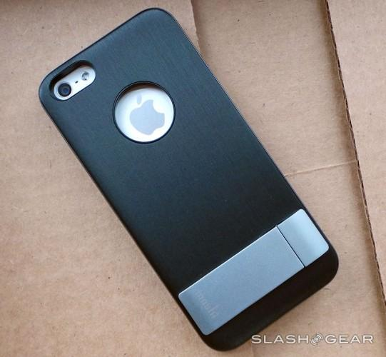 purchase cheap f9688 6aee7 Moshi iGlaze Kameleon iPhone 5 kickstand case Review - SlashGear