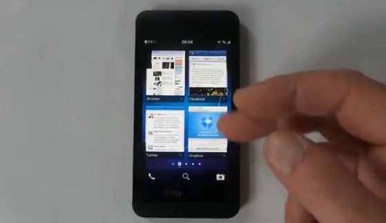 BlackBerry Z10 all-touch smartphone gets close-up video rundown