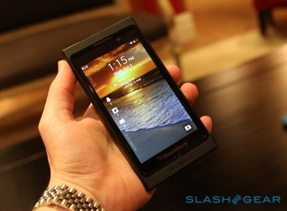 blackberry_10_dev_alpha_b_hands-on_322-580x427