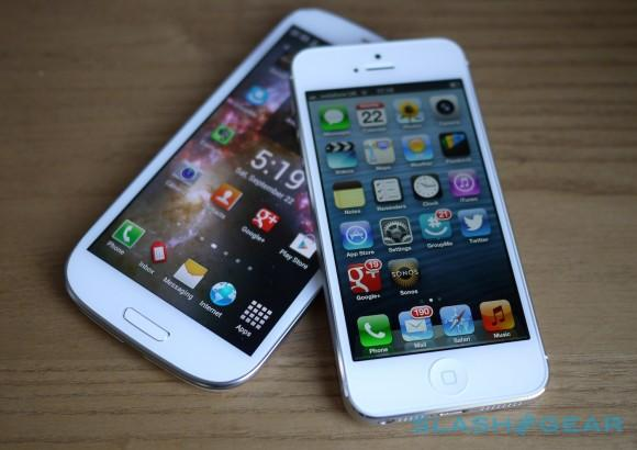Apple and Samsung add array of devices to patent lawsuit