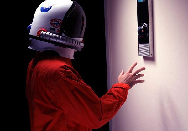 Life-size HAL 9000 replica is $500 of pure geek nostalgia