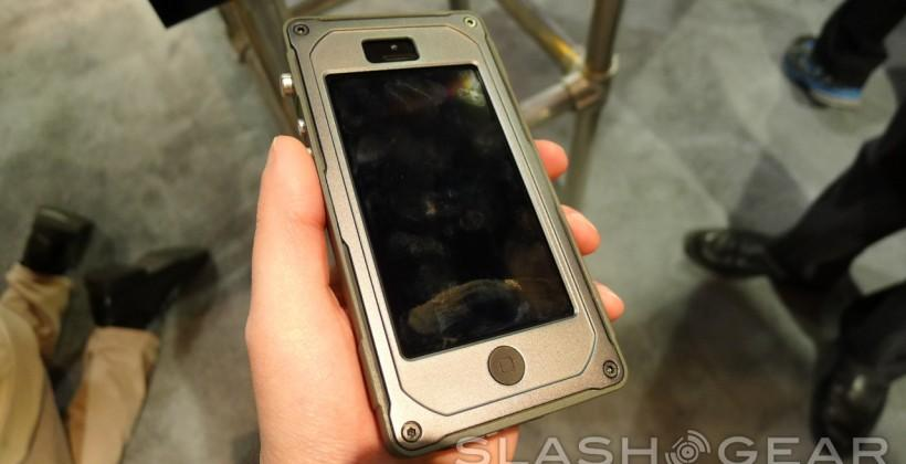 Pelican ProGear Vault iPhone 5 and iPad mini cases hands-on