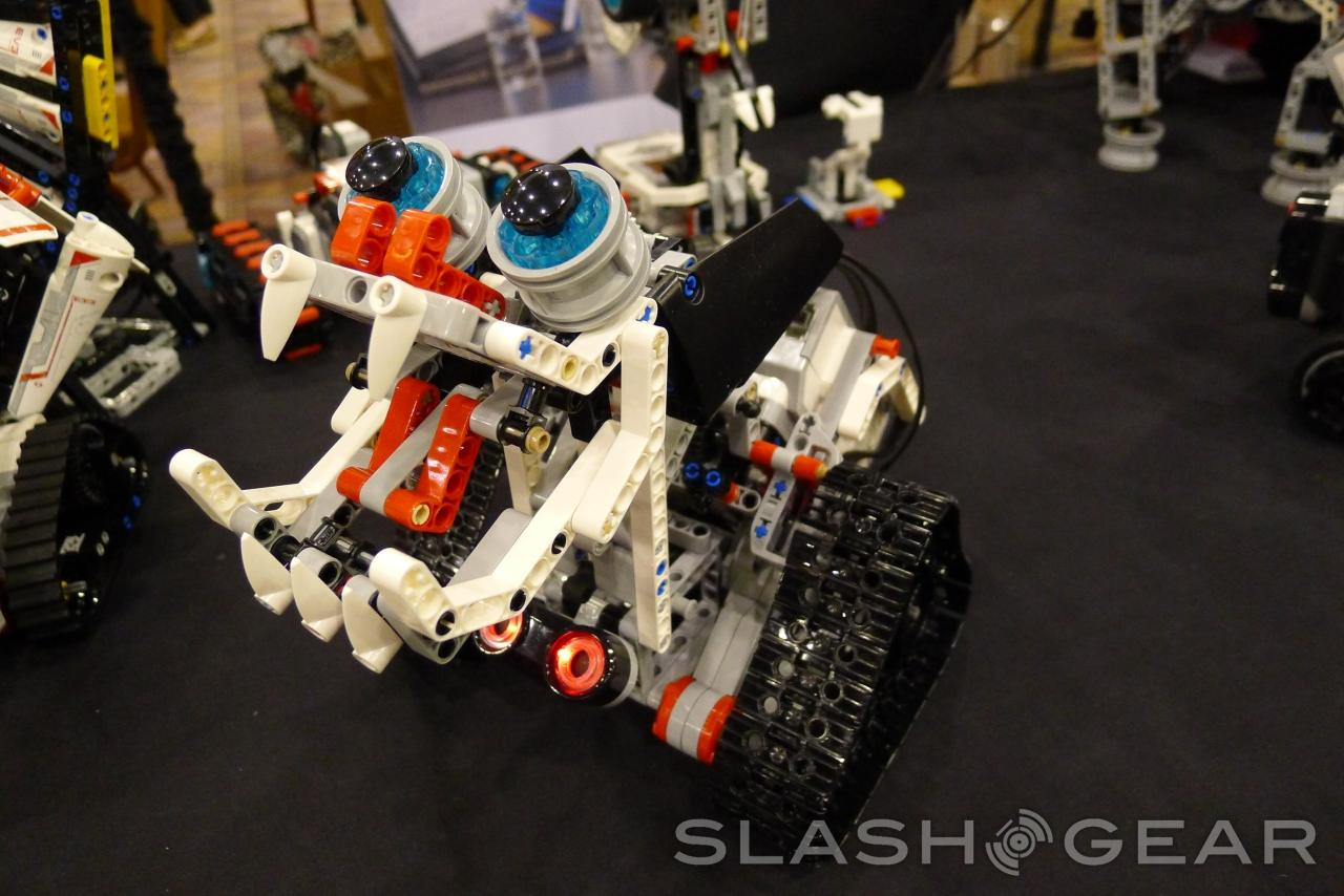 Lego Mindstorms Ev3 Robots Hands On Slashgear