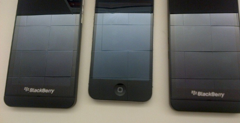 BlackBerry Z10 leaks for Verizon and AT&T