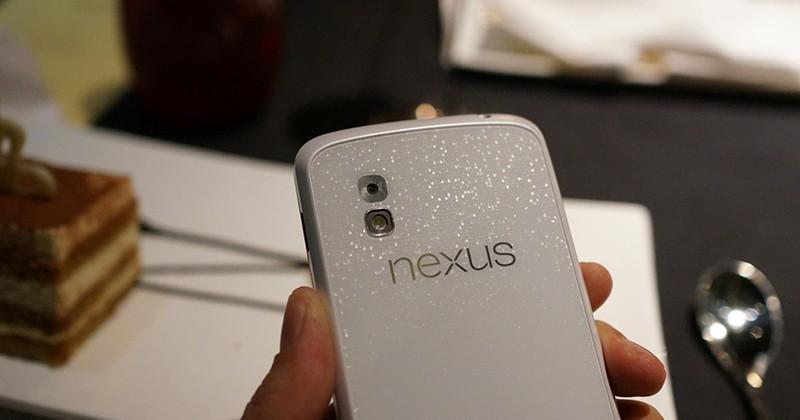 White Nexus 4 leaks in full