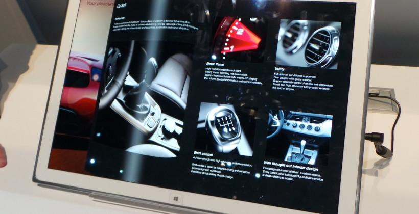 panasonic_20-inch_4k_tablet_hands-on_sg_16