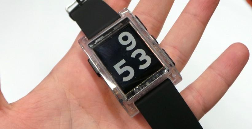 Pebble smartwatch hands-on [Video]