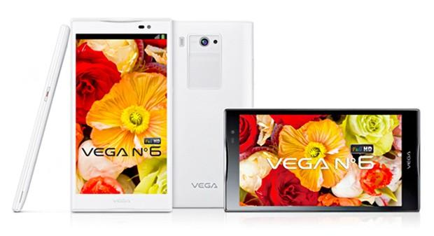 Pantech unveils giant 5.9-inch Vega No. 6 smartphone