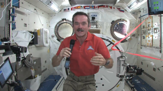 ISS astronaut Chris Hadfield to host Reddit AMA February 17 at 4 pm ET