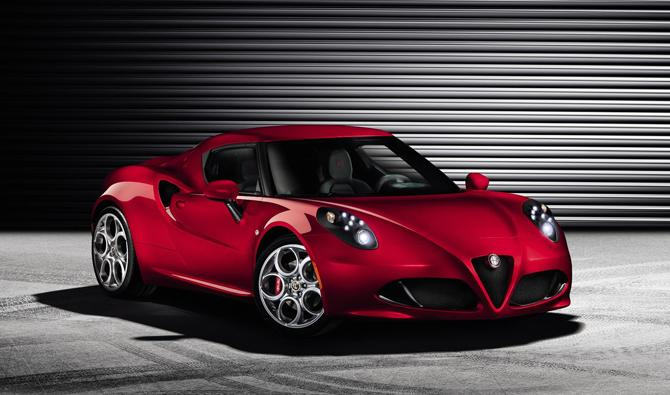 Fiat releases Alfa Romeo 4C sports car pictures and specs