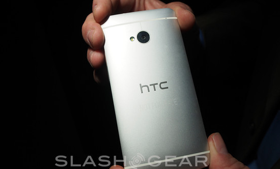 HTC One hands-on: UltraPixel Camera and Zoe