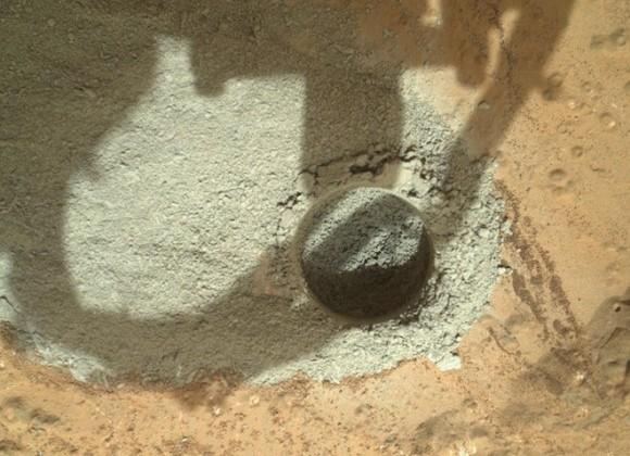 NASA: Mars Curiosity rover now analyzing drilled rock