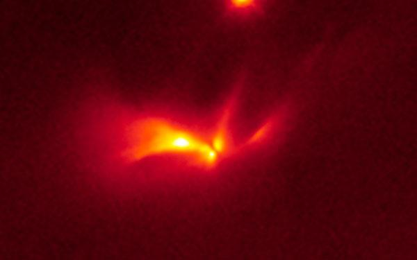 Strange flashing star could be twins