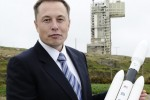 Elon Musk says SpaceX is working on reusable rockets
