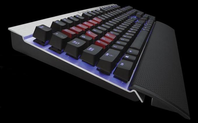 Corsair announces Vengeance K70 gaming keyboard with customizable backlighting