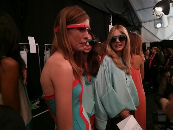 dvf_google_glass_fashion_show_0