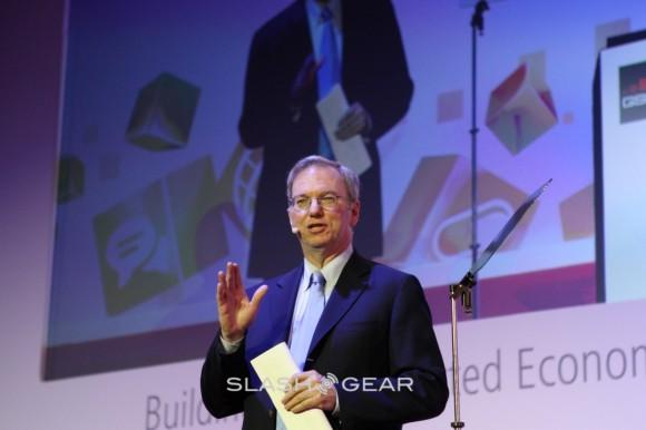 Eric Schmidt calls on Internet save China from itself