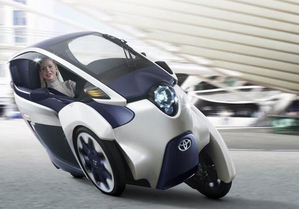 Toyota i-Road electric vehicle turns up on video