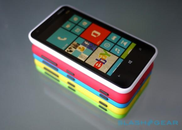 Microsoft details Windows Phone 8's ticking clock (but Nokia disagrees)