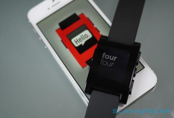 Pebble says smartwatch includes Bluetooth 4.0, despite iFixit's claim