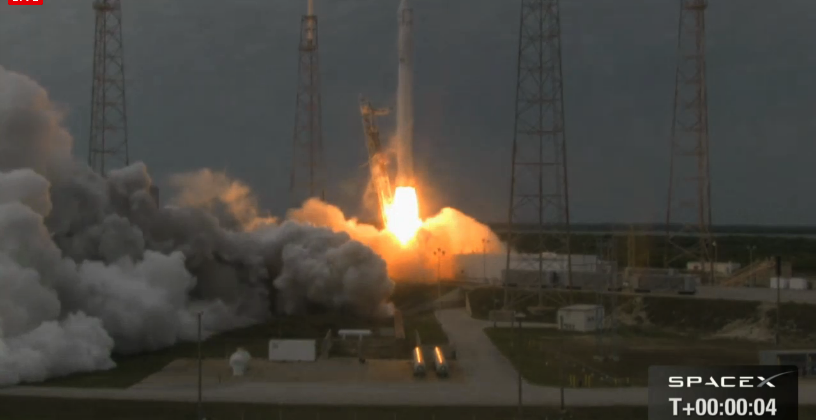 SpaceX 2 Dragon struck by problems after reaching orbit [Updated]